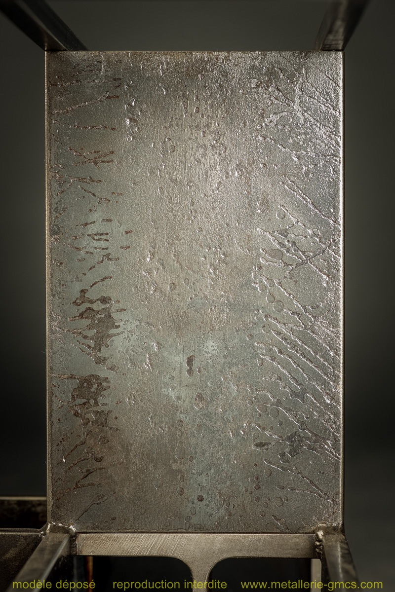 table basse type H détail de texture