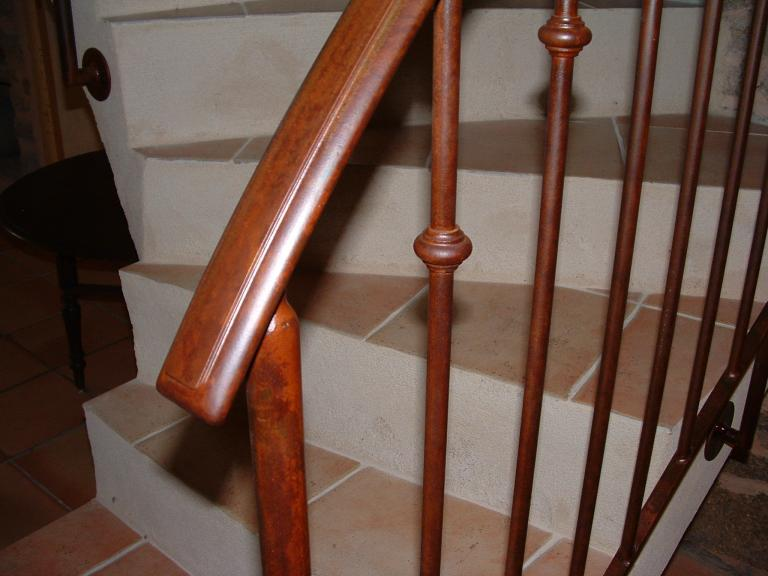 rampe, détail finition rouillé verni