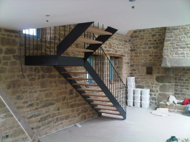 escalier quart tournant à palier intermédiaire